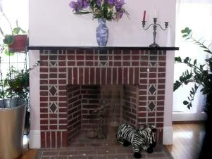 Original-Brick-Fireplace_Before_s4x3