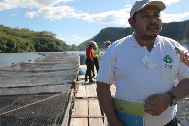 Abel Lara, a Salvadoran small-scale farmer, highlighted the experience of the financial centres developed by FAO in Honduras, which he says show that concentrating on local solutions close to farmers is key for supporting family agriculture. Credit: Thelma Mejía/IPS